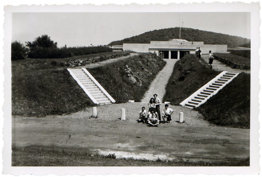 Monument national du Hartmannswillerkopf, Robert Danis (architecte), photographie anonyme, années 1930, tirage argentique, collection particulière