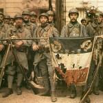 Léon Gimpel, Le 114e régiment d'infanterie à Paris, 14 Juillet 1917, autochrome, collection Société française de photographie