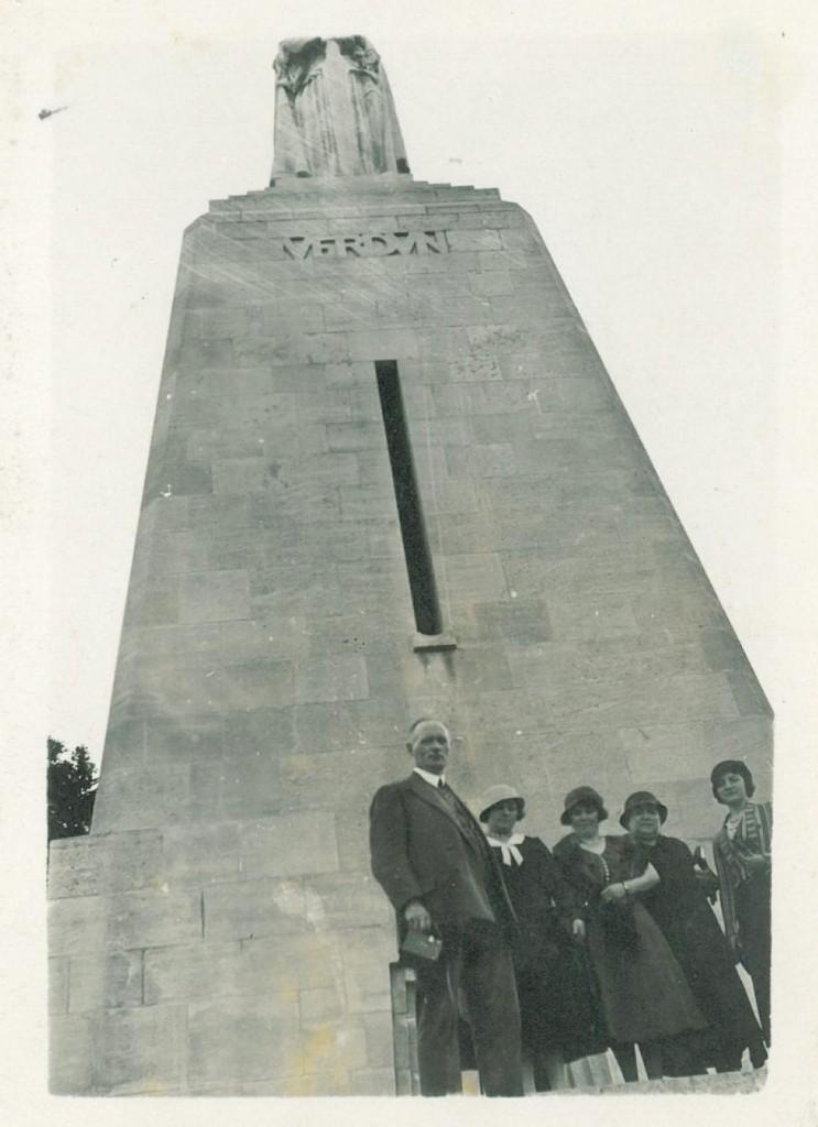 Monument à la victoire, Verdun, Raymond Chesnais (architecte), photographie anonyme, années 1930, tirage argentique, collection particulière